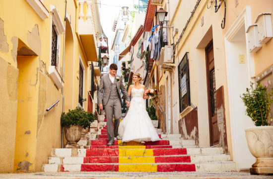 SOL Y MAR CALPE COSTA BLANCA WEDDING PHOTOGRAPHER BRIDE AND GROOM SPANISH STEPS CALPE
