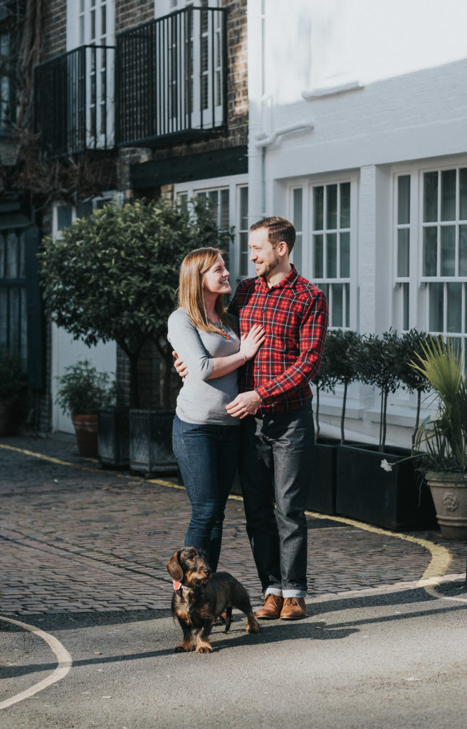 SOUTH KENSINGTON PHOTOGRAPHER COUPLE WITH SAUSAGE DOG ON LONDON MEWS STREET